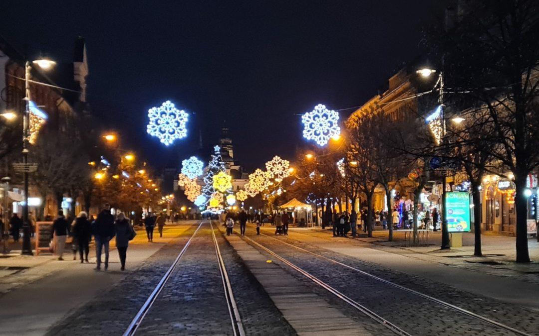 Christmas Song: Vianoce Hrejú (Christmas Warms Us)
